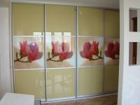 Гардероб:фасад -AL система+стекло с фотопечатью,каркас ДСП